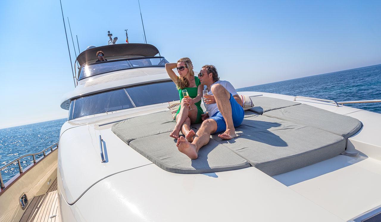 cento-luxury-yacht-18