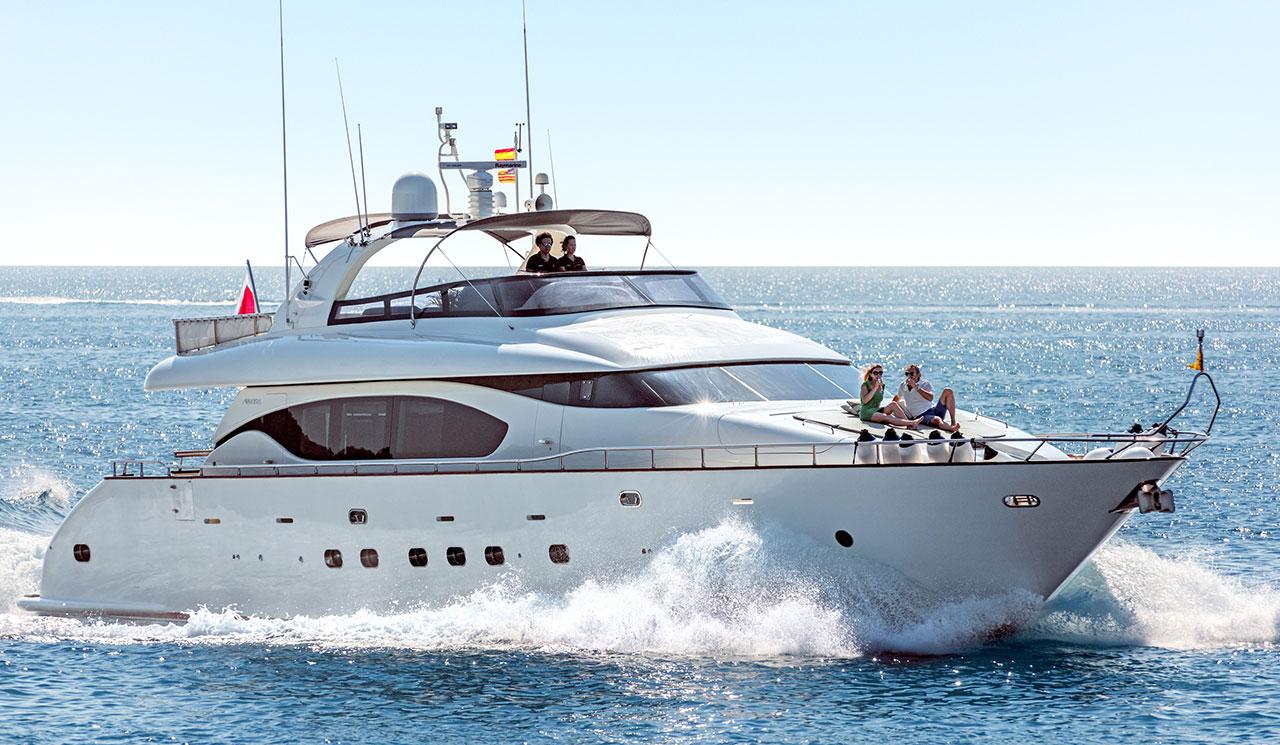 cento-luxury-yacht-2