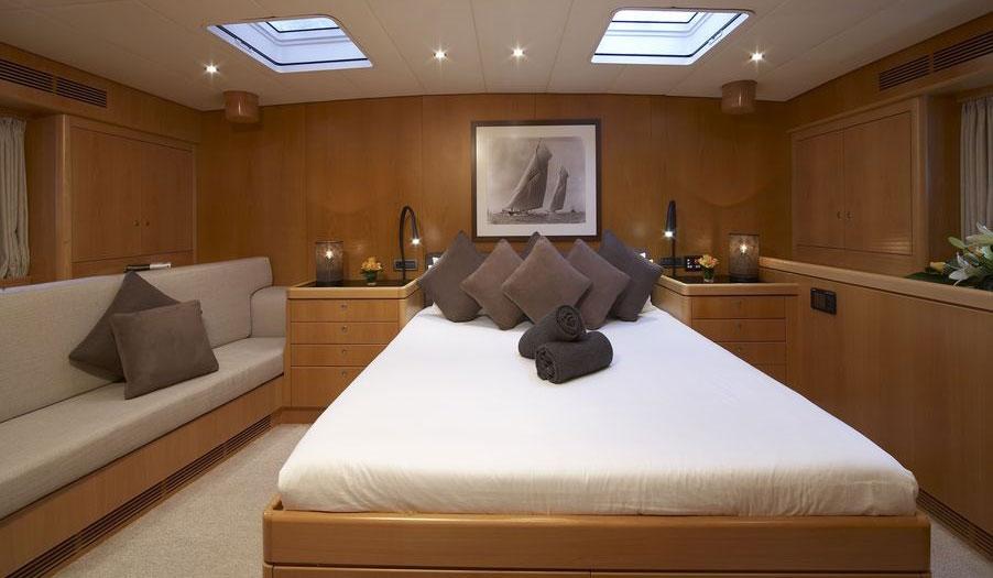 nephele-sail-yacht-12