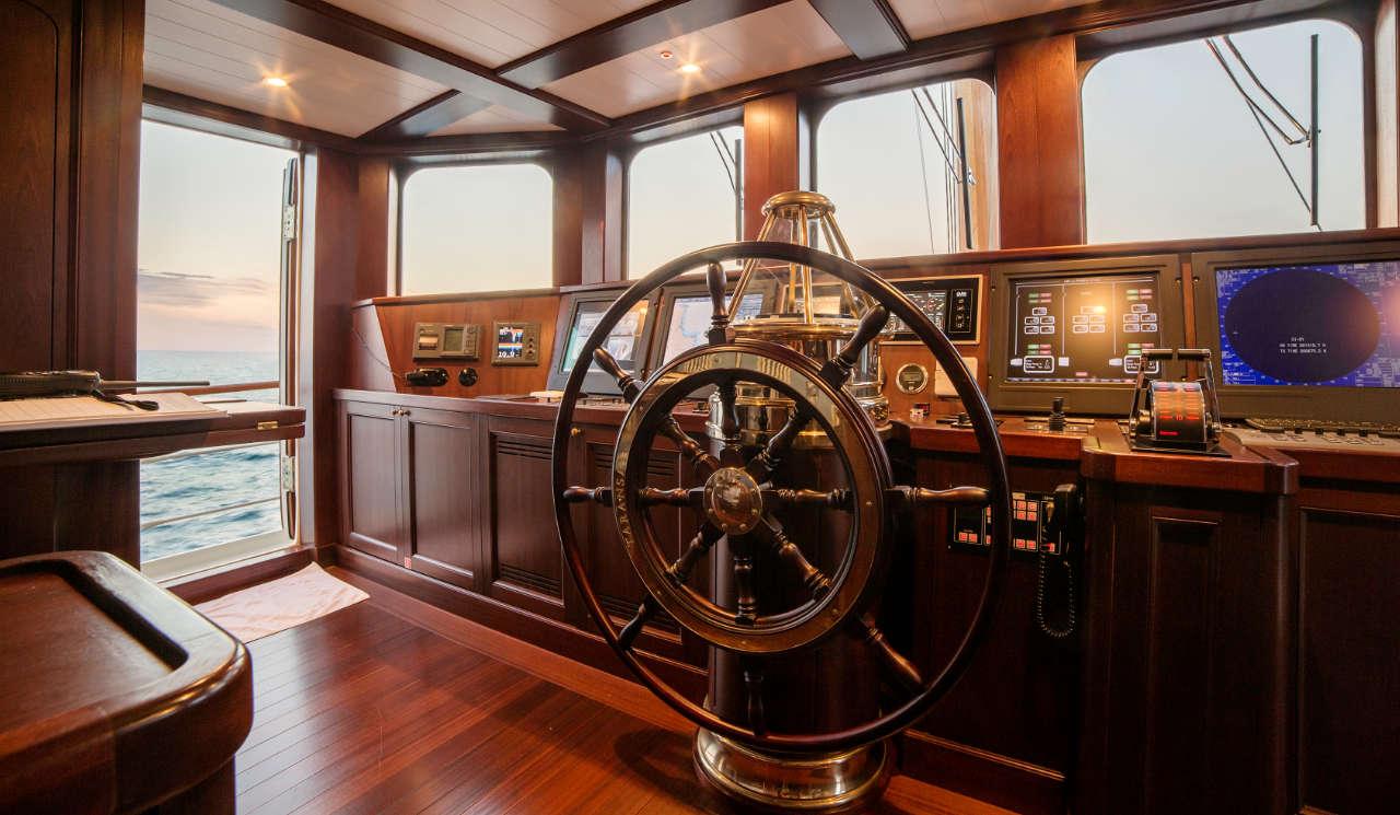 Taransay_39-meter_charter_yacht_Pilothouse_Scandinavina-Marine
