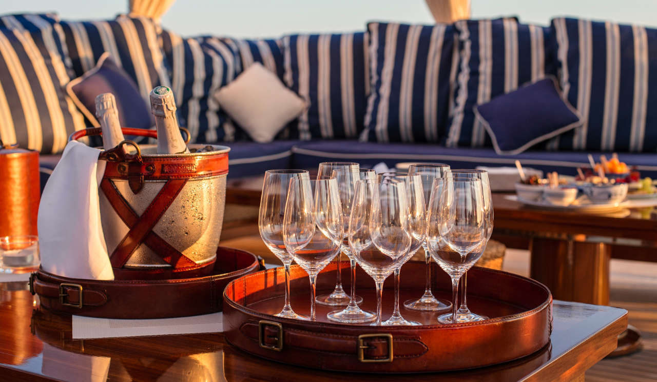 Taransay_39-meter_charter_yacht_exclusive-lifestyle_Scandinavina-Marine